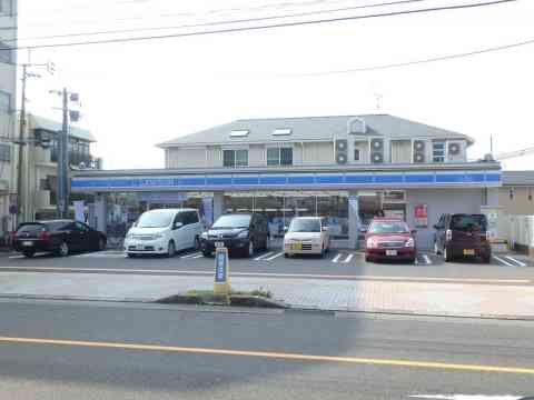 ローソン鹿児島紫原一本桜店152m